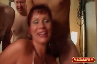 Девушки любят секс в разные дырки одновременно 3107