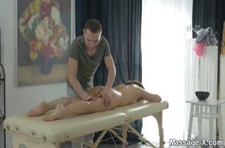 Порно массаж с красотками бесплатно 2273