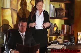Смачный трах секретутки в офисе 2924 бесплатно